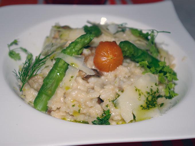 Table du 9 - asparagus risotto