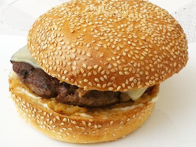 Kempinski - cheeseburger