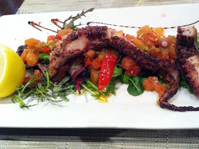 Sesflo - octopus salad