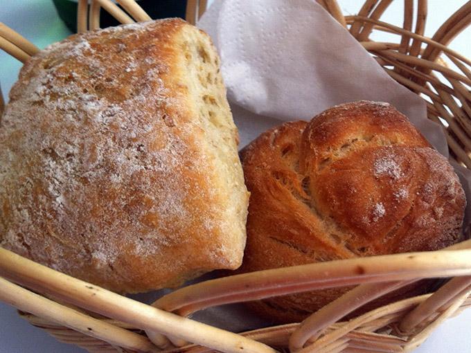Chez Arsène - bread