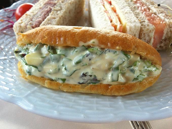 Hôtel d'Angleterre - chicken sandwich