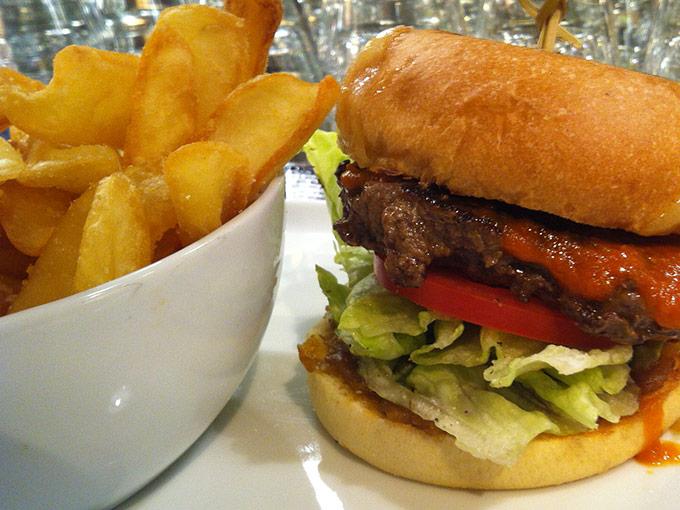 Denise's Art of Burger - basic burger