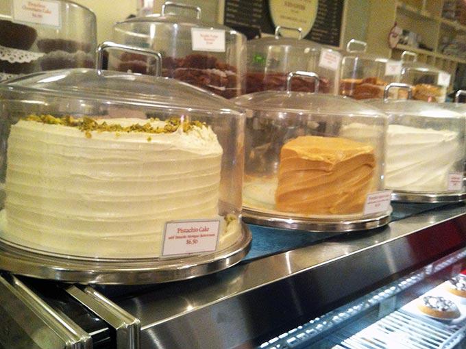 magnolia-cakes