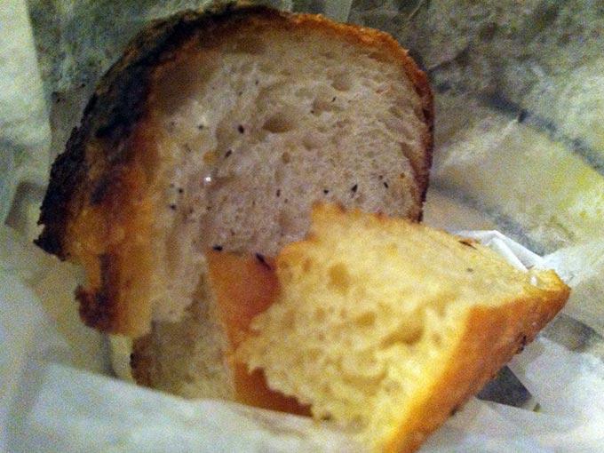 salumeria-bread