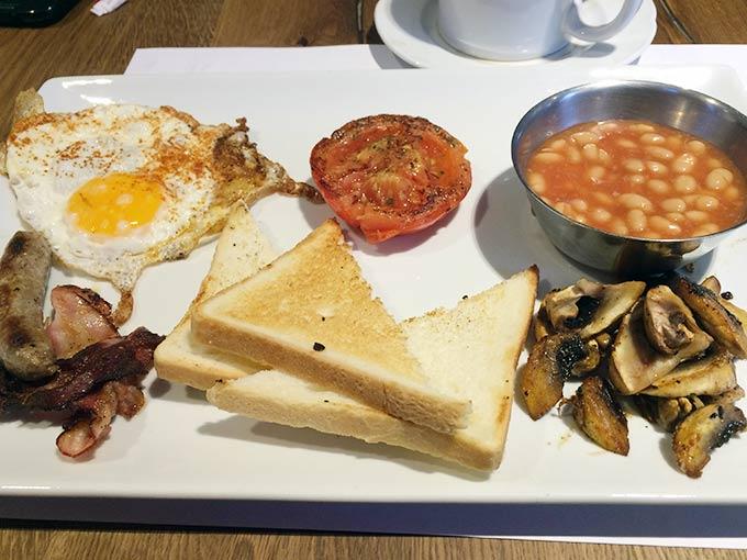 Vinnie's Café - English Breakfast