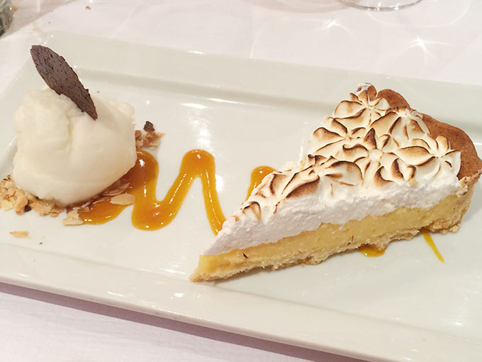 Café du Centre - lemon meringue pie