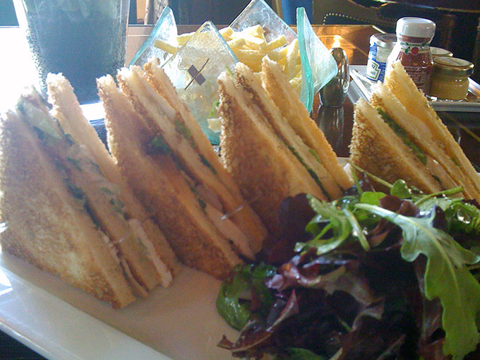 Four Seasons - club sandwich