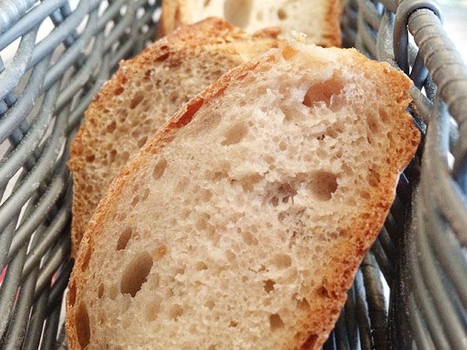 Le Dix Vins - bread basket