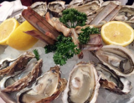 Oysters at Café du Centre