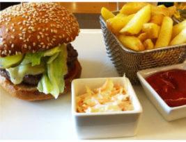 Burgers at Café Latitude