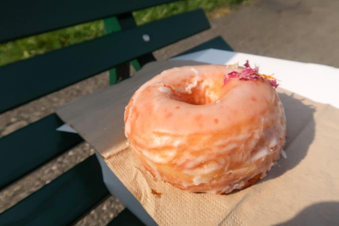 Ginger Donuts - original glazed